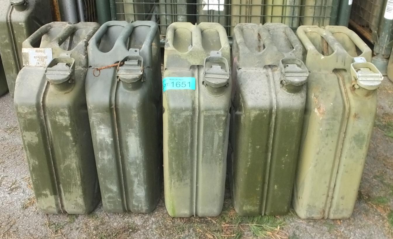 Jerry Cans x 5